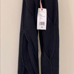 Vineyard Vine infinity scarf